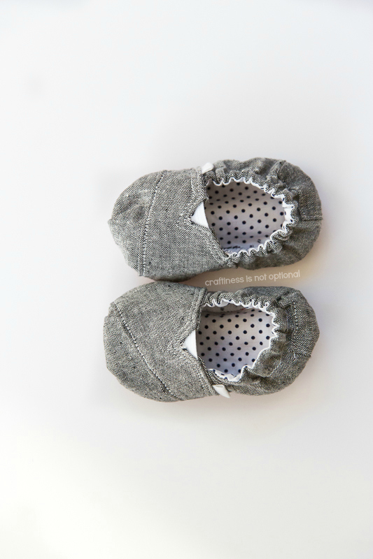 baby sized toms by craftiness is not optional