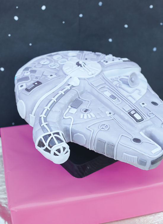 Tips For Making A Millenium Falcon Cake