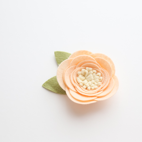 felt flower tutorial and free pattern