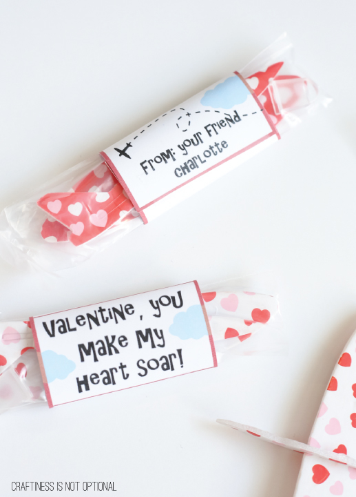 airplane valentine with FREE printables!